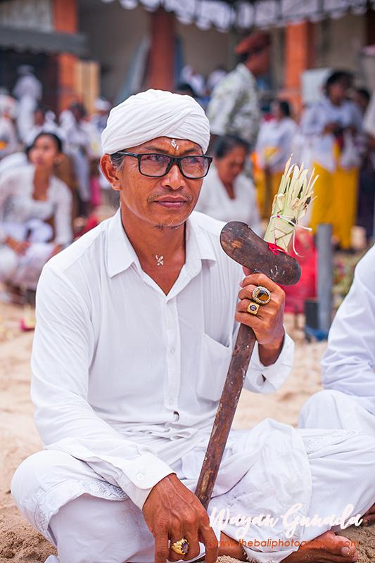 Mendak Toya Ceremony in Pecatu